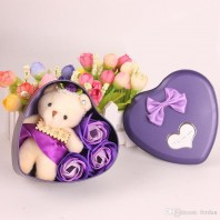 DHgate.com 2019 Artificial Bouquet With Cute Plush Bear Valentine Day Wedding Gift Fake 5065