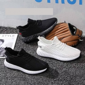 China Footwear - 980